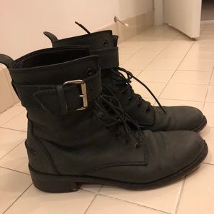 Madewell leather buckled biker boots size 8.5